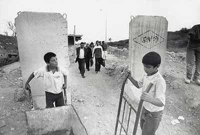 Jean MohrInter-zone passage between Bethlehem and Jerusalem 2002
