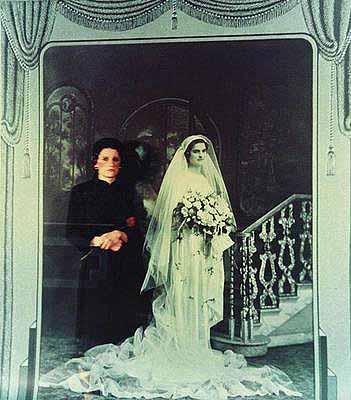 Eleftheria Lialios (1953) The death of traditional wedding, 1983