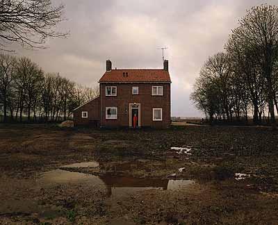 Ellen Kooi (1962)Noordoostpolderhuis, 2003Courtesy Torch Gallerywww.ellenkooi.nl
