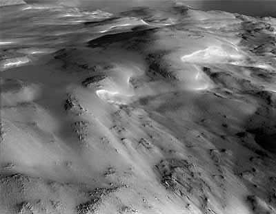 Guido BaselgiaN 69º 05' / E 20º 40'Iso Malla, Kilpisjärvi,920 m ü.M. / above sea level31.3.2003Bromsilberabzug auf Barytpapier124 x 155 cm