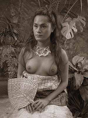 TAMA SAMOA MA TEINE SAMOA: A MAN AND A WOMAN OF SAMOA 2004–05C-type photograph, edition of 5, 80 x 60 cm photograph: coylehall post production: coylehall & Bronga Rhind Eglese courtesy the artist and Sherman Galleries, Sydney