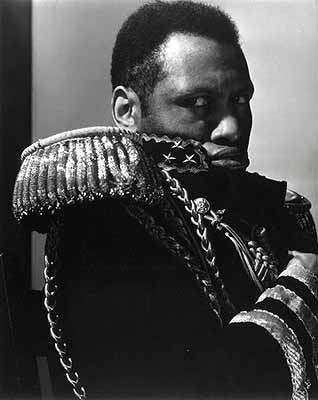 Paul Robeson 1932 George Eastman House Collection Courtesy George Eastman HouseCopyright © 2001—2005 Moscow House of Photography
