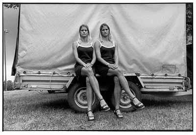 Imre Benkõ: ANDREA and ANITA KÕFALVIERCSI, 1999