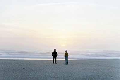 Zwei Männer am Meer / Deux hommes en bordure de mer