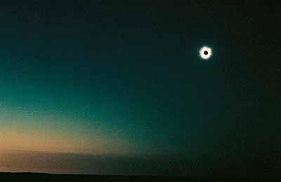 Tacita Dean Diamond Ring, 2002 16 mm colour film, mute, 6 minutes (cycle of 12 films each 27 seconds) © Tacita Dean