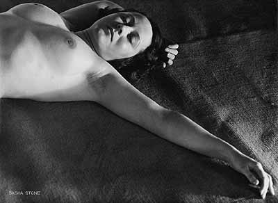 Sasha Stone Nude, 1930th Vintage gelatin silver print on cardboard strength paper. 11.3 x 15.4 in. Lot 228 / Estimate € 7.000 – 7.500,-