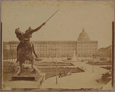 Leopold Ahrendts Blick vom Alten Museum zum Schloß,  1856 © Stiftung Stadtmuseum  Berlin