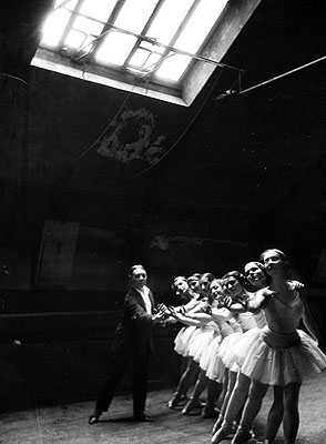 Swan Lake Rehearsals, Paris, 1930 by Alfred Eisenstaedt © Time Inc used with permission