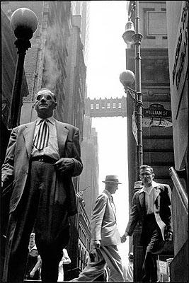 Wall Street, New York. 1955 © Leonard Freed / Magnum Photos