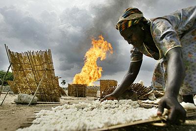 George Osodi series of digital photographsOil Rich Niger Delta, 2003–2007© George Osodi