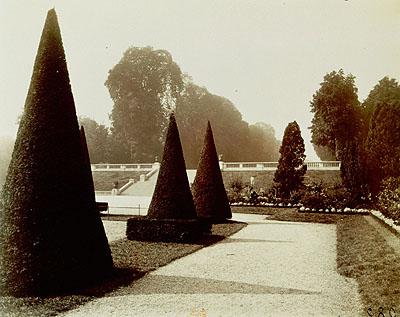 Saint-Cloud, 1922© BnF, département des Estampes et de la photographie