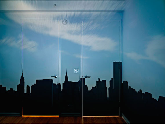 Camera Obscura: Late Afternoon View of the East Side of Midtown Manhattan, 2014©Abelardo Morell/Courtesy of Edwynn Houk Gallery, New York