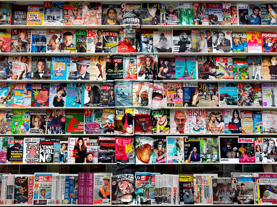 Liu Bolin: HIDING IN THE CITY - BRUSSELS - 01, BOOKSHELF, 2013