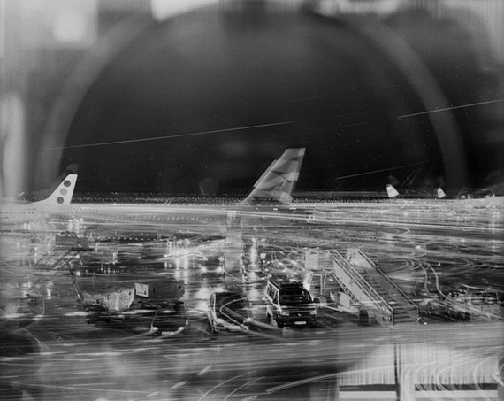 Vienna International Airport, © Chien-Chi Chang. Courtesy of °CLAIR Gallery.