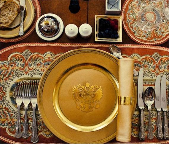 Imperium (Putin's Dinner Set), 2012 © Davide Monteleone/Kehrer Galerie