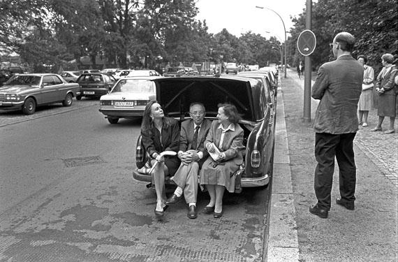 José Giribás: Zuhörer des Carillons in Berlin-Tiergarten am 10.07.1988