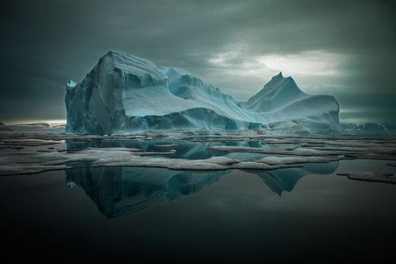 Iceberg in Qaanaaq, Greenland  © Sebastian Copeland / Courtesy of Bernheimer Fine Art Photography