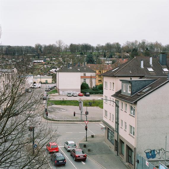 aus der Serie: Ostersbaum, 2013/14, analoger C-Print, gerahmt, 45x45 cm © Andy Heller