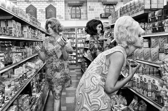 Sheila Goes to Market © Marjorie Salvaterra