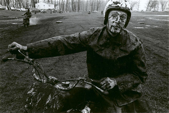 Danny Lyon, Racer, Schererville, Indiana, 1965 © Danny Lyon / Courtesy of Edwynn Houk Gallery, New York & Zürich