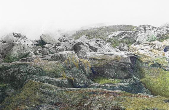 LS-Nr. 1503 - 509, 2015, 58,3 x 89,3 cm, Analoge Fotografie, Silbergelatine-Abzug, Faden, Grafit © Iris Hutegger