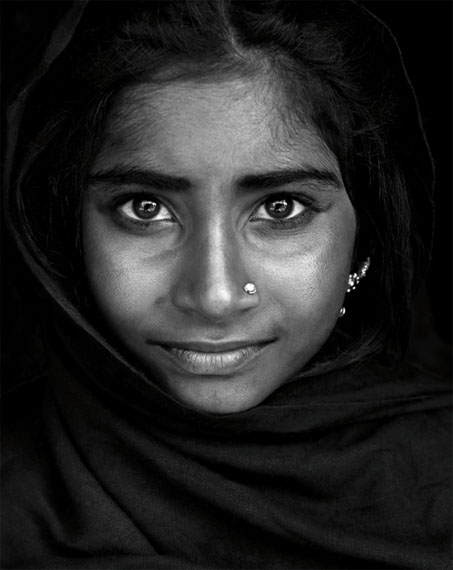 Mario Marino: Portrait eines Gypsie Mädchens, Indien 2014