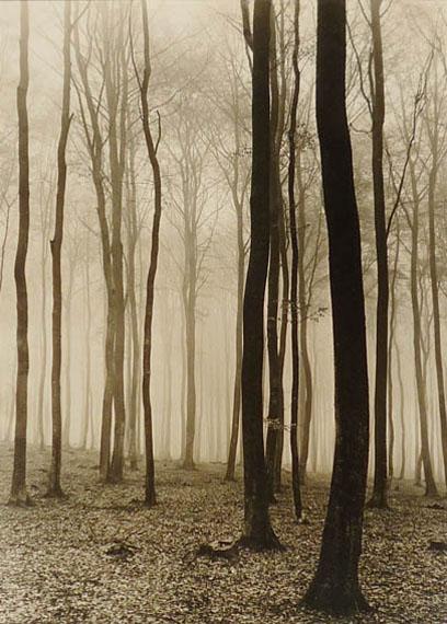 Max Baur. Regentag, 1930er JahreVintage Silbergelatineabzug38,5 x 28 cm© Nachlass Max Baur / Sammlung M.-L. Surek-Becker