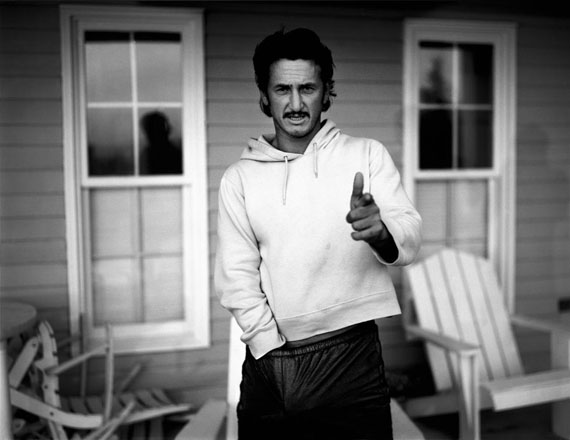 Sean Penn, Nova Scotia, 1999 © BRYAN ADAMS