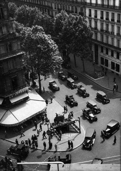 Fritz BlockView from Galeries Lafayette Department Store onto Boulevard Haussmann, Paris, 1930Silbergelatine, 23,4 × 16,6 cm© Fritz Block Estate Archive, Stockholm/Hamburg
