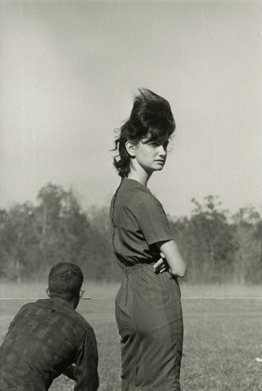 Danny Lyon, Woman at a Race in Prairieville, Louisiana, 1964