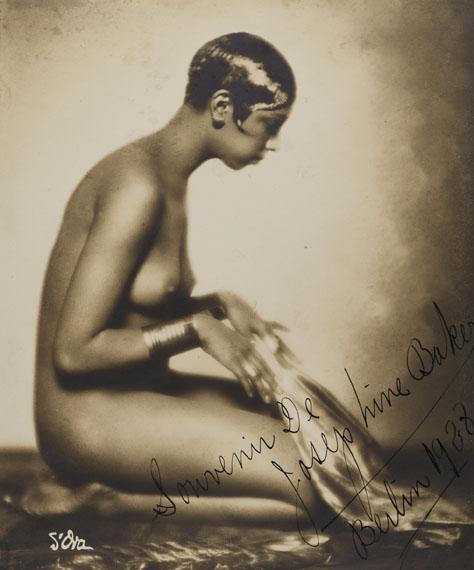 Madame d'Ora: Josephine Baker, 1928, Silbergelatineabzug, 19,4 x 16 cm© Museum für Kunst und Gewerbe Hamburg