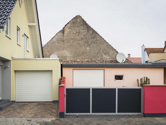 """Peter Bialobrzeski: Hassloch, 2014. Aus der Serie: """"Die zweite Heimat"""", 2011-2016 © Peter Bialobrzeski"""