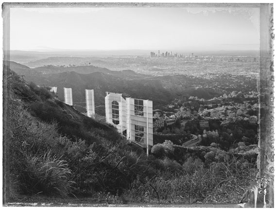 Christopher Thomas: Los Angeles, Hollywood Sign I, Hollywod Hills, 2017© Christopher Thomas