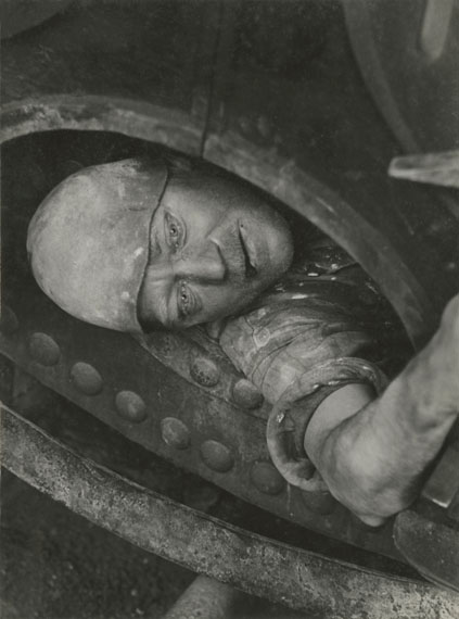 Work in the Boiler, 1935 © Jakob Tuggener-Stiftung