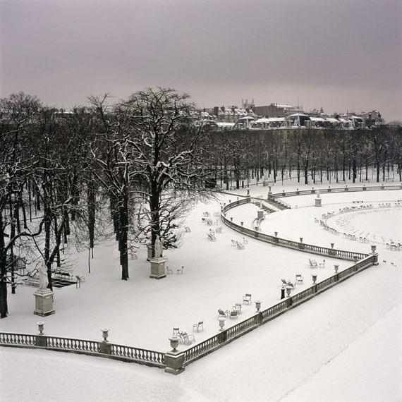 Claire de Virieu, Le Jardin du Luxembourg, triptyque, 2005, tirage pigmentaire, 20x20 cm x 3, édition de 12Courtesy Galerie Esther Woerdehoff, Paris