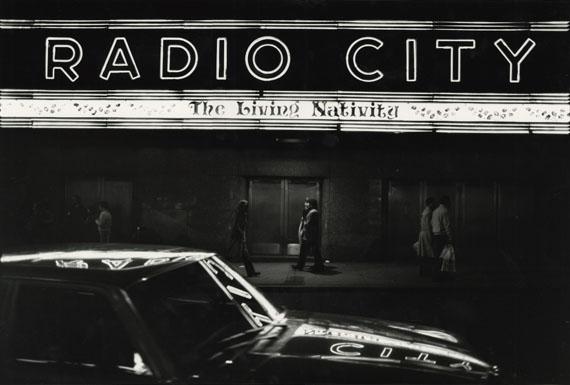 Tom ArndtRadio City, New York, Christmas 1980Tirage gélatino-argentique moderne, réalisé par l'artisteDimensions du tirage : 40 x 50 cmTitré, daté et signé par l'artiste au verso