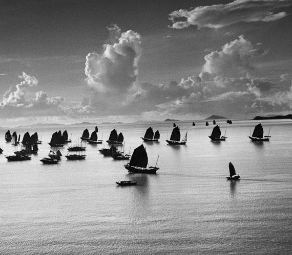 Werner BischofDschunken im Hafen von Kowloon, Hongkong 1952© Werner Bischof / Magnum Photos