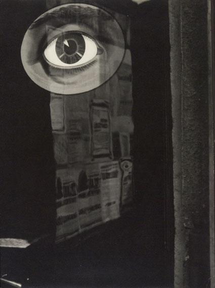 """From """"The Time persists"""" series / Aus der Serie """"Die Zeit dauert an"""", 1932© Miloslava Rupešová-Funková / Jaromír Funke"""