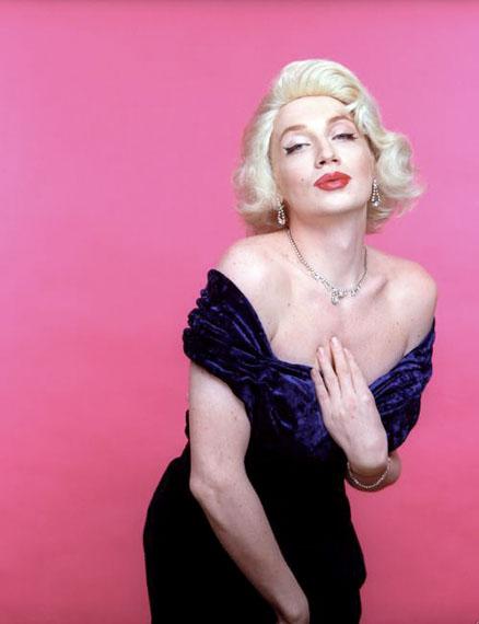 Vladislav Mamyshev-Monroe. Marilyn Monroe. From the Life of Illustrious People Series. C print, 1996. Courtesy of XL Gallery and Vladislav Mamyshev-Monroe Foundation
