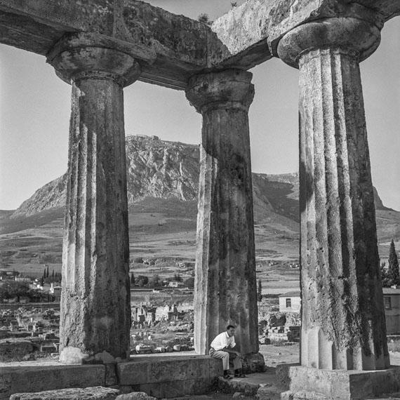Robert McCabe: Corinth, The Archaic Temple of Apollo, 1955Analog Gelatin Silver print100 x 100 cm (39' 3/8 x 39' 3/8 inches)© Robert McCABE courtesy galerie SIT DOWN