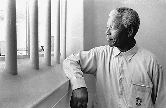 © Jürgen Schadeberg, Mandelas Rückkehr nach Robben Island, 1994