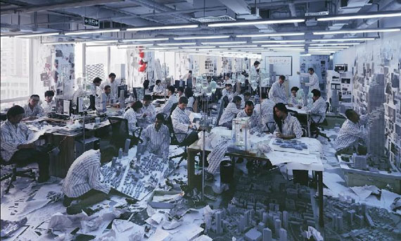 Wang Qingsong, 〈Work, Work, Work〉, 2012 © Wang Qingsong