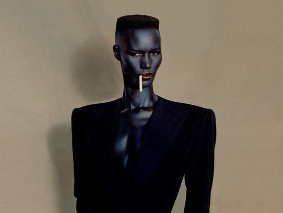 Blue-black in black on brown, New York, 1981.© JEAN-PAUL GOUDE