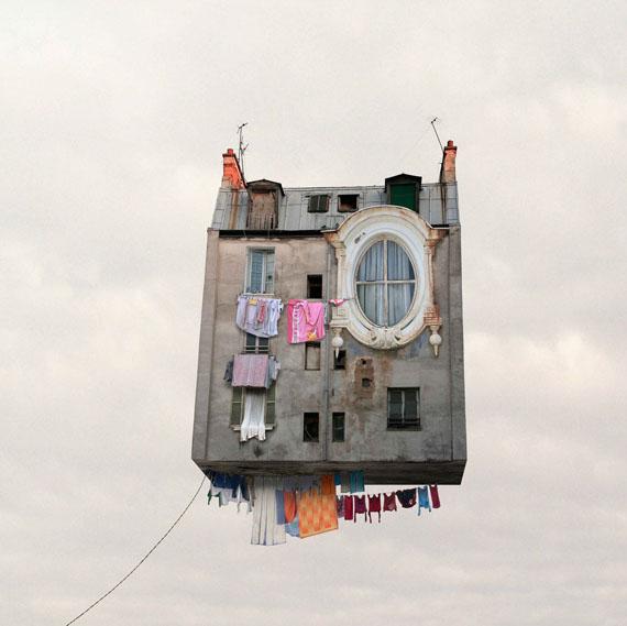 Laurent Chéhère: The Linen, 2012, 120 x 120 cm