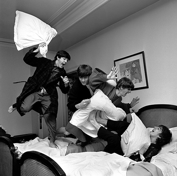 """Harry Benson """"Pillow fight"""". 3 a.m. George V Hotel. Paris1964©Harry Benson/ Courtesy Staley-Wise Gallery, New York"""
