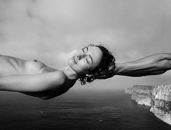Arno Rafael Minkkinen, Laurence daydreaming gozo Malta 2002, Ed25