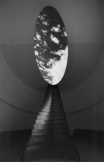 Barbara KlemmRoden Crater, Arizona, USA, James TurrellGelatin silver print, signed40 x 30 cm