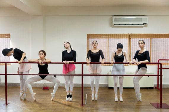 © Shirin Abedi, aus der Serie May I Have this Dance.