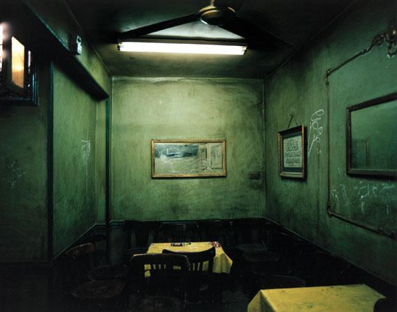 WHITE NIGHT, Le Caire, Egypte 2001 © Gilles Coulon / Tendance Floue