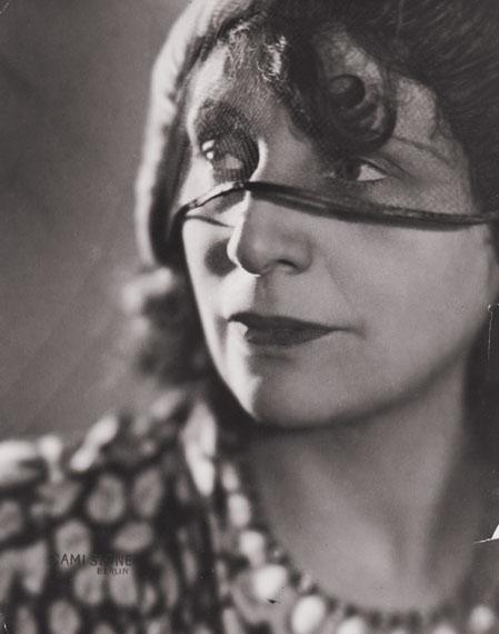 Cami Stone: Die Malerin Lou Albert-Lasard, ca. 1926, Foto: DVM